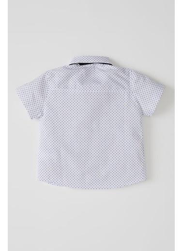 DeFacto Erkek Bebek Desenli Papyonlu Kısa Kol Gömlek Beyaz